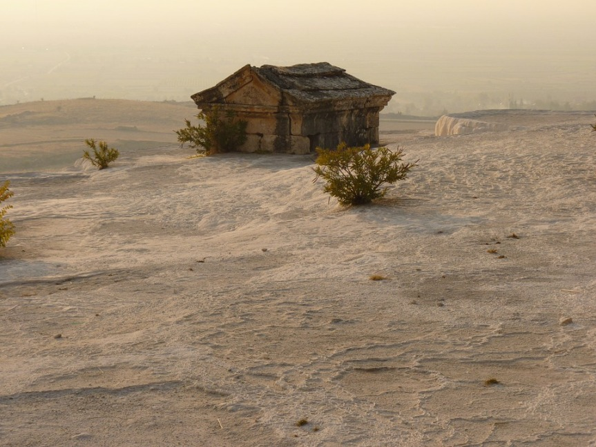 "#Friday Fiction 100-Word Challenge / ""The Tomb in the Desert"""