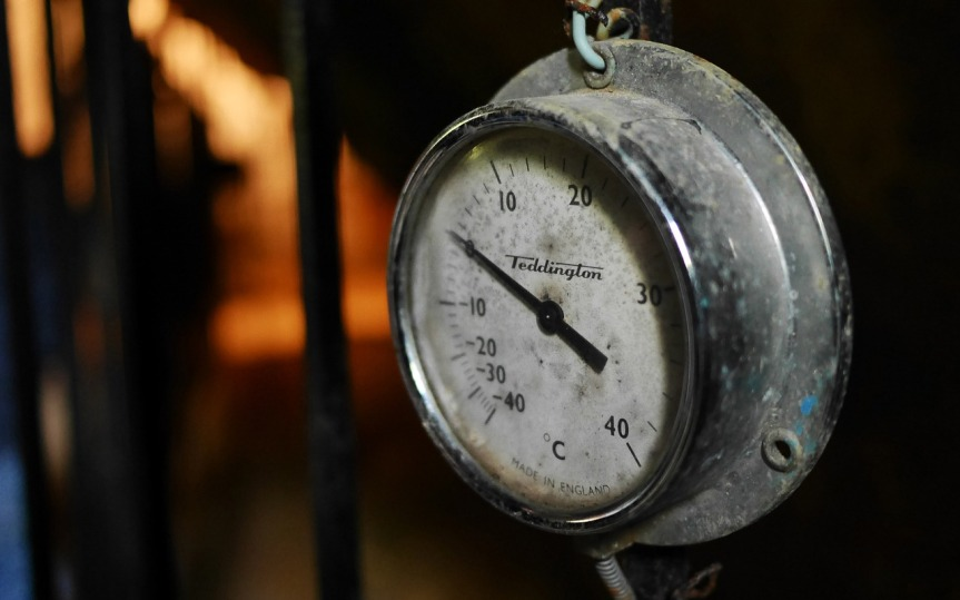 Old Thermometer by Gutife on Pixabay