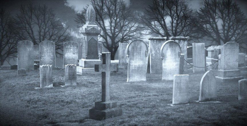 Cemetery by kalhh on Pixabay