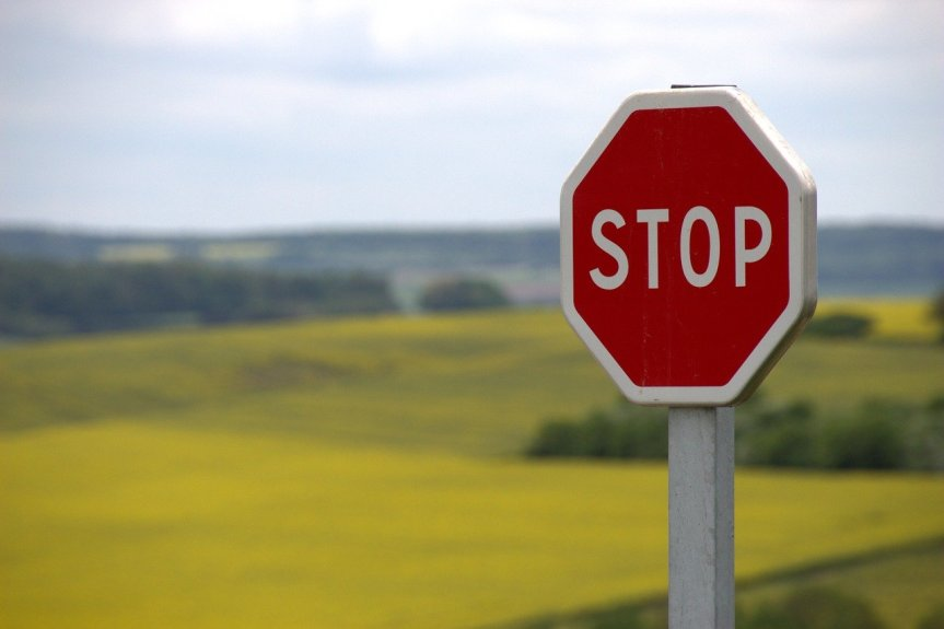Stop Sign by knerri61 on Pixabay