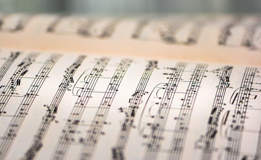 sheet-music-book-by-ri_ya-on-pixabay